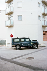 Observations during my time in Javier, Spain - Spring 2018 (Brjann.com) Tags: leica m4p rangefinder 35mm fujifilm pro400h spain street photography minimalism surrealism car fuji