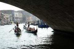 ITALIA: Venezia (gabrielebettelli56) Tags: italia italy venezia venice gondole people nikon travel viaggi