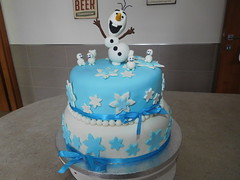 Olaf Party (dolciefantasia) Tags: biscotti cake cakedesign cakepops compleanno cupcake decorazione dolci dolciefantasia fantasia festa minicake pastadizucchero torta frozen