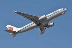 CA0424 LGW-CTU: Final LGW-CTU service (A380spotter) Tags: takeoff departure climbout gearinmotion gim retraction belly airbus a330 200 b5918 中国国际航空公司 airchina cca ca ca0424 lgwctu finalairchinalgwctuservice last flight runway08r 08r london gatwick egkk lgw