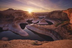 Reflection Canyon Sunrise (kenxu78) Tags: sunburst southwest lowwaterlevel sunstar sunrise glencanyonnationalrecreationarea utah arizona page lakepowell reflectioncanyon