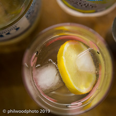 365-2019-095 - Slice & Ice (phil wood photo) Tags: 365 365colorfun 365colourfun april color365 colour365 day95 drink gin glass ice lemon slice square tonic yellow