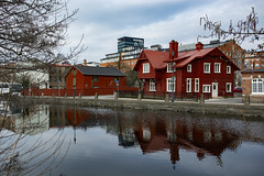 Red Reflections (Rudi Pauwels) Tags: gothenburg molndalsan reflections april2019 april goteborg