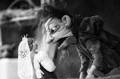 Romeo And Juliet (RadarO´Reilly) Tags: puppen puppets theater theatre sw bw blanconegro monochrome noiretblanc zwartwit