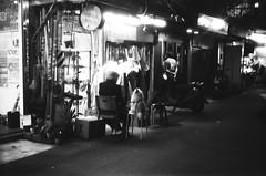 👵🐶 (Janeprogram) Tags: пленка 35mm bnwphotography blackandwhite filmphotography fomapan100