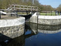 UK - Hertfordshire - Near Waltham Cross - Waltham Town Lock (JulesFoto) Tags: uk england ramblers capitalwalkers hertfordshire walthamcross leenavigation walthamtownlock