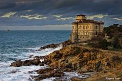 al Boccale (Eugenio GV Costa) Tags: boccale mare water castle castello clouds sky outside