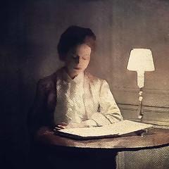 La belle liseuse (jeanfenechpictures) Tags: femme woman lecture reading livre book lampe lamp lumière light table textures beauty beauté chambre room jeanfenech