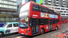 P1150603 VMH2579 LF19 FXC at Warren Street Station Hampstead Road Euston London (LJ61 GXN (was LK60 HPJ)) Tags: metroline metrolinewest volvob5lhybrid mcv evoseti mcvevoseti 105m 10490mm vmh2579 lf19fxc nb984