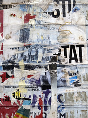 _DSC0812 (Luis G. Vesperinas) Tags: city composition entropy gentrificación gentrification texture l lleida murs muro poster urban street torn typography publicitat z