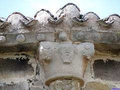 Vizcaínos (santiagolopezpastor) Tags: espagne españa spain castillayleón castilla burgos provinciadeburgos medieval middleages iglesia church románico romanesque capitel capiteles capital capitals