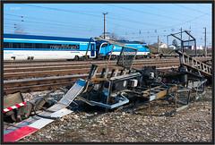 """Scrap Signals ("""" Wiener Schule """") Tags: öbb oebb obb taurus 1216 čd čdrailjet cd cdrailjet signals signale eisenbahn railway railroad"""
