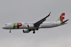 CS-TJN (LIAM J McMANUS - Manchester Airport Photostream) Tags: cstjn tp tap airportugal tapairportugal flytapcom airbus a321 321 airbusa321 neo airbusa321neo manchester man egcc