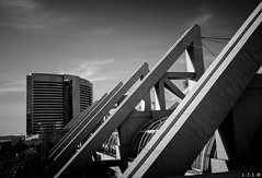 Digging in my old files (San Diego Convention Center 2) (LTL78) Tags: sandiego fujifilm x100t conventioncenter california usa