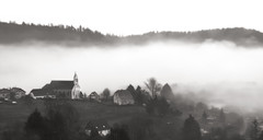 Grisaille tenace (mrieffly) Tags: alsace htrhin hautesvosges geishouse brumes brouillard canoneos50d