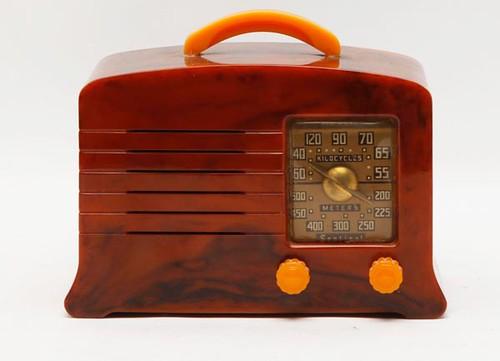 Sentinal Catalin radio ($358.40)