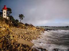 matinée à la pointe de Sainte-Marine (Paul Kerrien) Tags: bzh finistere poselongue bretagne matin bigouden rivage phare