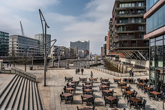 Hamburg mit der 3AHIHR & 4AHBTH 2018-04-11 (tine_stone) Tags: 3ahihr4ahbth architektur htl hamburg lehrer schule schüler sonya9 strasse unterricht architecture city exploring ontour onlocation outdoor sightseeing street tine tinefoto tourist travel urban germany