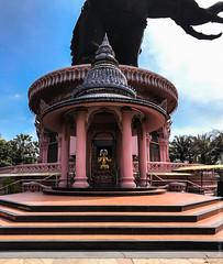 Erawan-Museum-Bangkok-iphone-9646