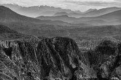 Mountain View (Role Bigler) Tags: canoneos500d efs1585mmf3556isusm landschaft natur norge norwegen runde rundeisland schwarzweiss bw blackwhite blackandwhite landscape montainrange mountain mountainscape nature norway silverefexpro2