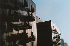 Ombres sur les immeubles (Pito Charles) Tags: argentique analog camera film vintage filmisnotdead pellicule