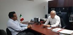 Con el Presidente municipal de San Juan Tepeuxila, Óscar García Sánchez trabaja nuestro coordinador Heliodoro_hcde en reforzar acciones en materia de ProtecciónCivil