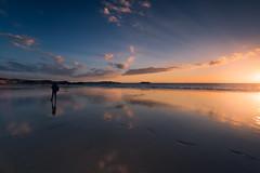 Playa de la Lanzada (jojesari) Tags: playadalanzada playadelalanzada sanxenxo ogrove pontevedra galicia puestadesol solpor sunset atardecer jojesari suso ar119 autorretrato