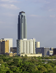 Williams Tower - Houston Galleria Area Skyline 2 (Mabry Campbell) Tags: 2019 galleriadistrict harriscounty hines houston mabrycampbell march philipjohnson texas transco usa williamstower architecture buildings galleriaarea image photo photograph skyline