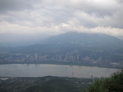 IMG_5928 (kenner116) Tags: 台灣 taiwan 新北 newtaipei 觀音山 guanyinshan guanyinmountain 硬漢嶺 淡水河 danshuiriver tamsuiriver
