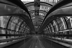 Start (Rudy Pilarski) Tags: nikon d7100 dowtown design paris perspective city capitale ciudad monochrome moderne modern nb bw bâtiment urbain urban urbano upstairs escalator france francia europe europa architecture architectura reflet reflexion 1020 nikkor forme form geometry géométrie géométria géométrique line ligne thebestoffnikon thepassionphotography abstract abstrait architectural beaubourg ville