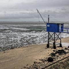 Pêche au carrelet (Lucille-bs) Tags: europe france paysdeloire loireatlantique saintnazaire 500x500 mer plage eau carrelet pêche bleu