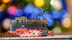 ✵ Merry  Christmas ✵- 6316 (ΨᗩSᗰIᘉᗴ HᗴᘉS +37 000 000 thx) Tags: merrychristams christmas train locomotive rail macro bokeh fuji fujifilmgfx50s fujifilm snow snowflake metal belgium europa aaa namuroise look photo friends be wow yasminehens interest eu fr greatphotographers lanamuroise flickering