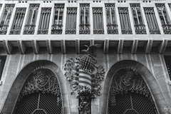 Palau Güell, pediment (Andrea Rizzi Esk) Tags: barcelona spain catalonia catalunya architecture dettails building art palau güell monochrome bw black white iron antoni gaudí unesco heritage mansion