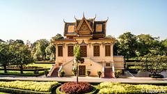 The Bronze Palace (Lцdо\/іс) Tags: horsamrithphimean phnompenh cambodge cambodia kambodscha kampuscha khmer royal palace palais kingdom asia asian asie asiatique architecture architektur construction house lцdоіс citytrip city