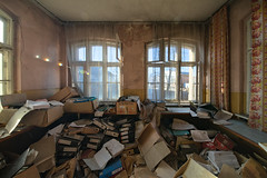 drown in papers (jkatanowski) Tags: urbex urban exploration decay mess papers paperwork forgotten lost lostplace interior sony a7m2 abandoned window windows 11mm uwa