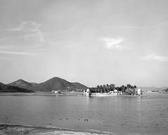 1932 (The Dent.) Tags: mamiya7ii india trix400asa hc110 dilution b rajasthan udaipur
