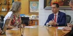 Reunión del canciller Arreaza con delegación de DDHH de la ONU (Cancilleria VE) Tags: revolucionbolivariana diplomaciabolivariana venezuela chavista revolucionaria chavezvive juntostodoesposible juntxstodoesposible bolivariana bolivarian politica ddhh onu