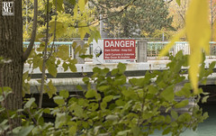 Dam Danger (rumimume) Tags: rumimume 2018 niagara ontario canada photo canon 80d water stone outdoor day plant sign leaf