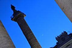 Lune Romaine (jeangrgoire_marin) Tags: lune moon croissant crescent twilight lookingup