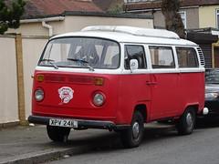 1972 Volkswagen Transporter Camper Van (Neil's classics) Tags: vehicle 1972 volkswagen camper van vw camping motorhome autosleeper motorcaravan rv caravanette kombi mobilehome dormobile