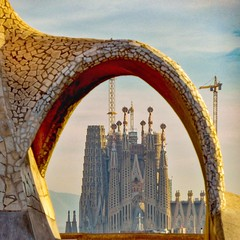 Unfinished Symphony (Douguerreotype) Tags: cathedral arch church city buildings barcelona sagradafamilia urban architecture spain catalunya gaudi