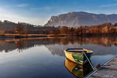 Embarquement immédiat pour une balade sur le lac (Savoie 02/2019) (gerardcarron) Tags: canon80d hiver lacsthelene landscape nature savoie winter