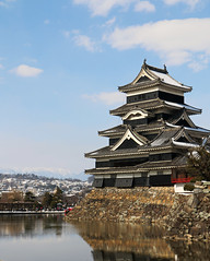Matsumoto Castle (Bens-Lens) Tags: japan nagano hamarikyu gardens train snow plane air wind rain water castle castles cherry cherryblossoms snowboarding hakubasnow hakuba omachi matsumoto zenkōji zenkoji sunset beach sky red flower nature blue night white tree green flowers portrait art light dog sun clouds