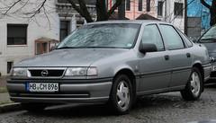 Vectra GLS (Schwanzus_Longus) Tags: bremen hohentorshafen german germany modern car vehicle sedan saloon opel vectra gm general motors