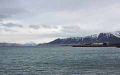 Landschaft bei Reykjavik IMG_7523 (pappleany) Tags: pappleany outdoor reykjavik island iceland landschaft land scape nordatlantik northatlantic berge ufer winter