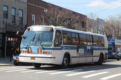 IMG_5074 (GojiMet86) Tags: mta nyc new york city bus buses 1998 t80206 rts 4916 subway shuttle ditmars blvd 33rd street