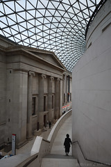 Reading Room and Queen Elizabeth II Great Court Roof (Bri_J) Tags: britishmuseum london uk museum historymuseum nikon d7500 readingroom greatcourt roof building steps fosterandpartners architecture