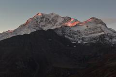 Il sole che scalda (cesco.pb) Tags: simplonpass passodelsempione switzerland svizzera fletschhorn alps alpi alba dawn vallese canon canoneos60d tamronsp1750mmf28xrdiiivcld montagna mountains