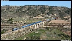 TECO en Nonaspe (javier-lopez) Tags: ffcc railway train tren trenes adif renfe mercancías teco intermodal contenedor contenedores 251 japonesa sggnoss mmmc sgs sgss sgnss mmc arkas maersk hamburgsud barcelonacantunis zaragozaplaza zaragozacorberaalta nonaspe puente viaducto río matarraña 16022019