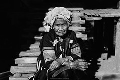 Elderly Lahu people (terkhomson) Tags: asia asian kawzhawd lahu maehongson southeastasia thailand countryside culture dress elderly fabric female hill hilltribe house ladhulsi local minority mountain native northern old people poor portrait primitive sun traditional travel tribal village woman pangmapha th